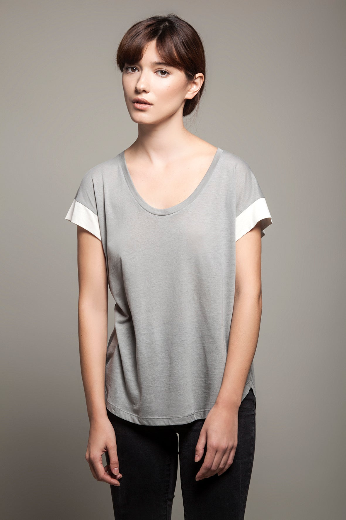 Round Neck Color Block Tee Grey