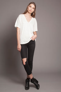 Basic Deep-V Tee Daylight White