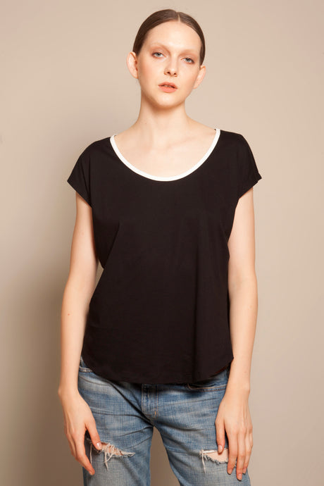 Basic Round Neck Tee Black