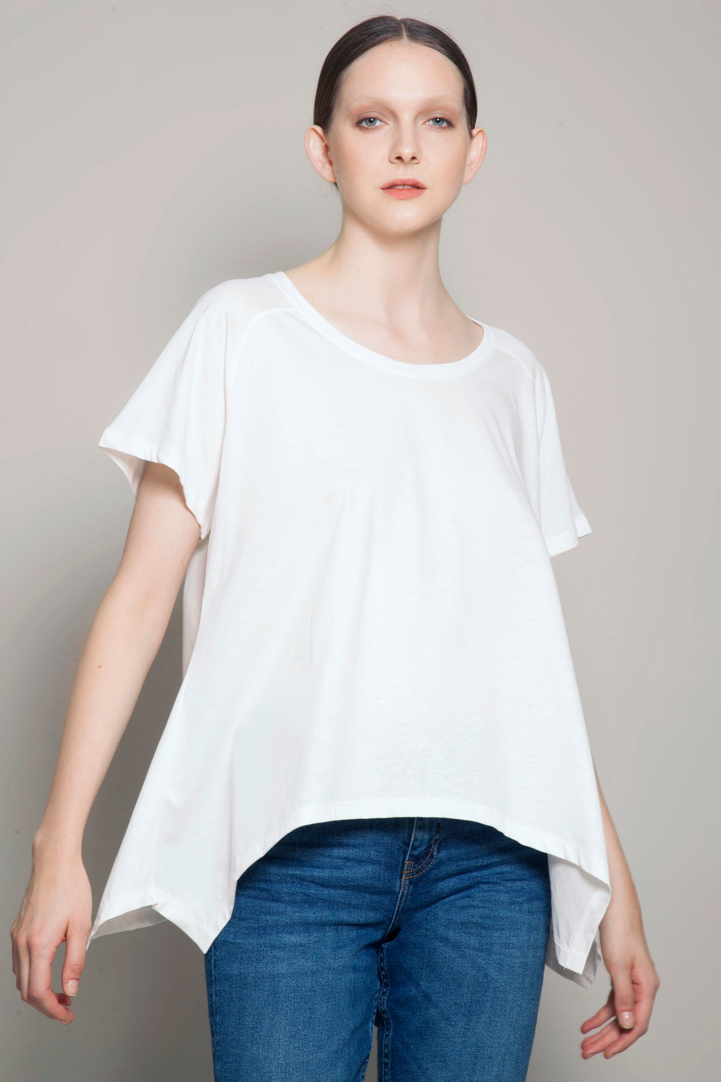 Round Neck Asymmetric Tee Daylight White