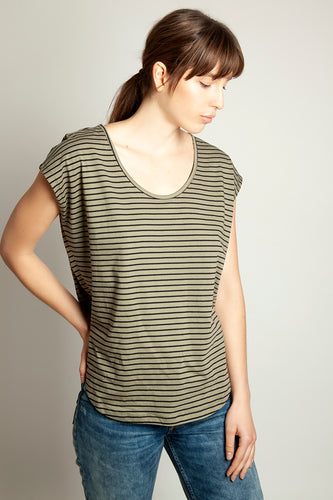 Basic Round Neck Tee Khaki Stripe