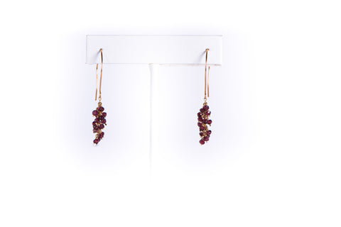 AZKI JEWELLERY - EARRINGS - GARNET CLUSTER