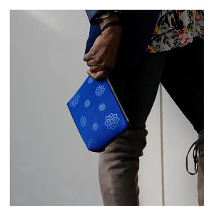 Wristlet-Canvas Aga Khan