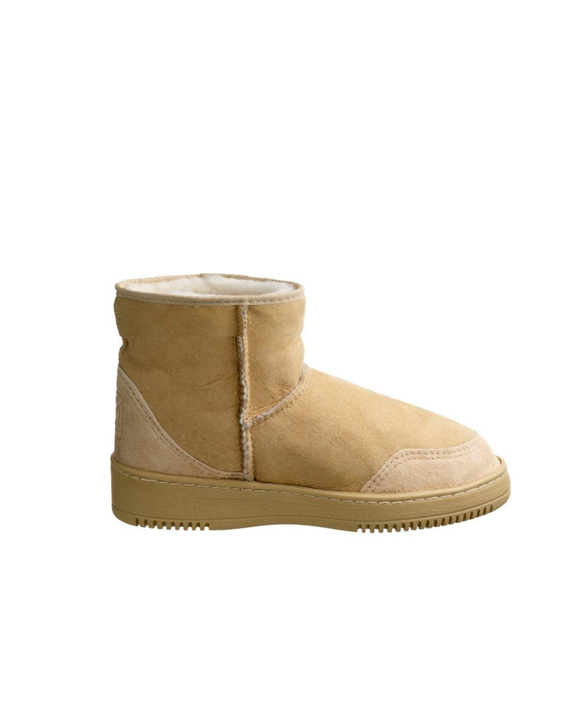 NEW ZEALAND Ultra Short Winter Boot - saraclausin