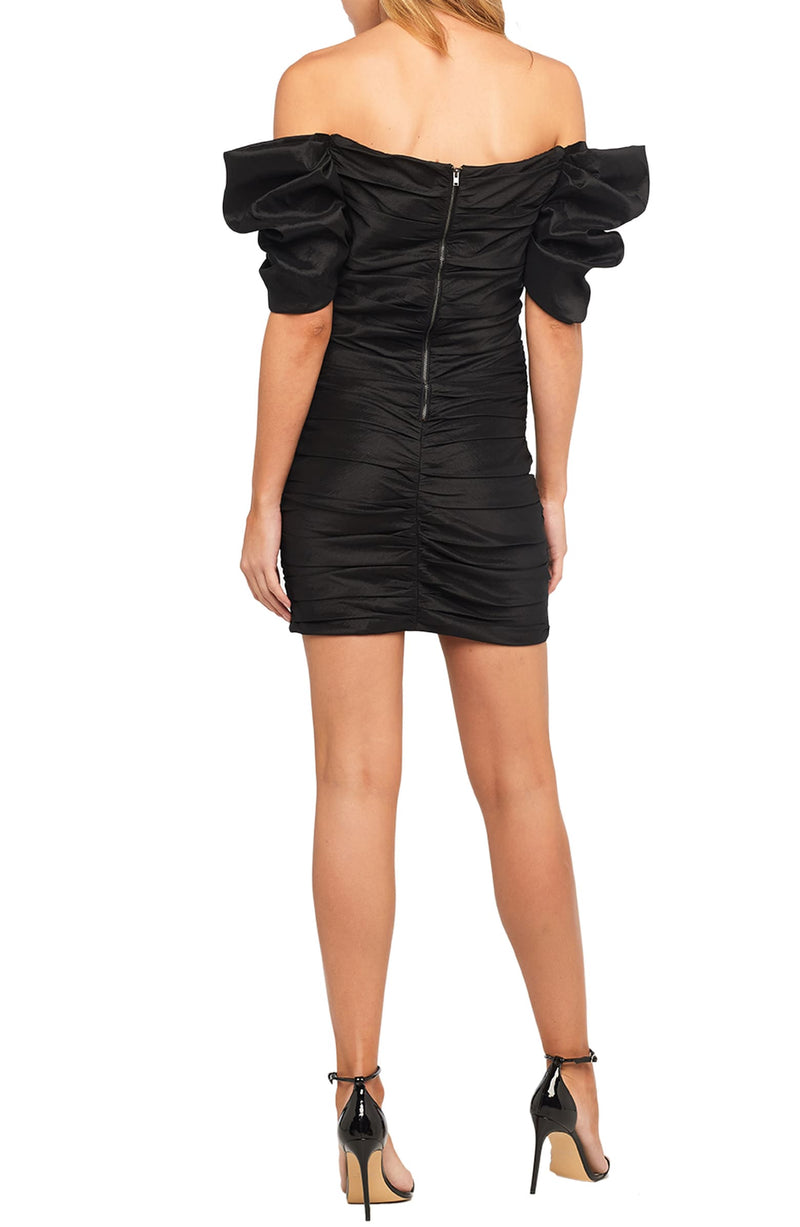 Vestido negro mini cold shoulders - ICONYWEAR