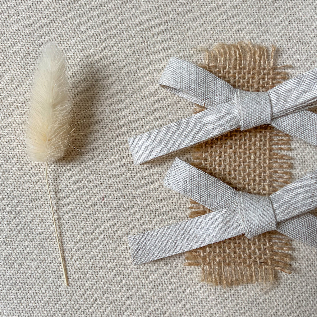 Betsy Harriet Pack of Two Natural Linen Bows