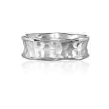 Load image into Gallery viewer, White Gold Chunky Wedding Band Ring.