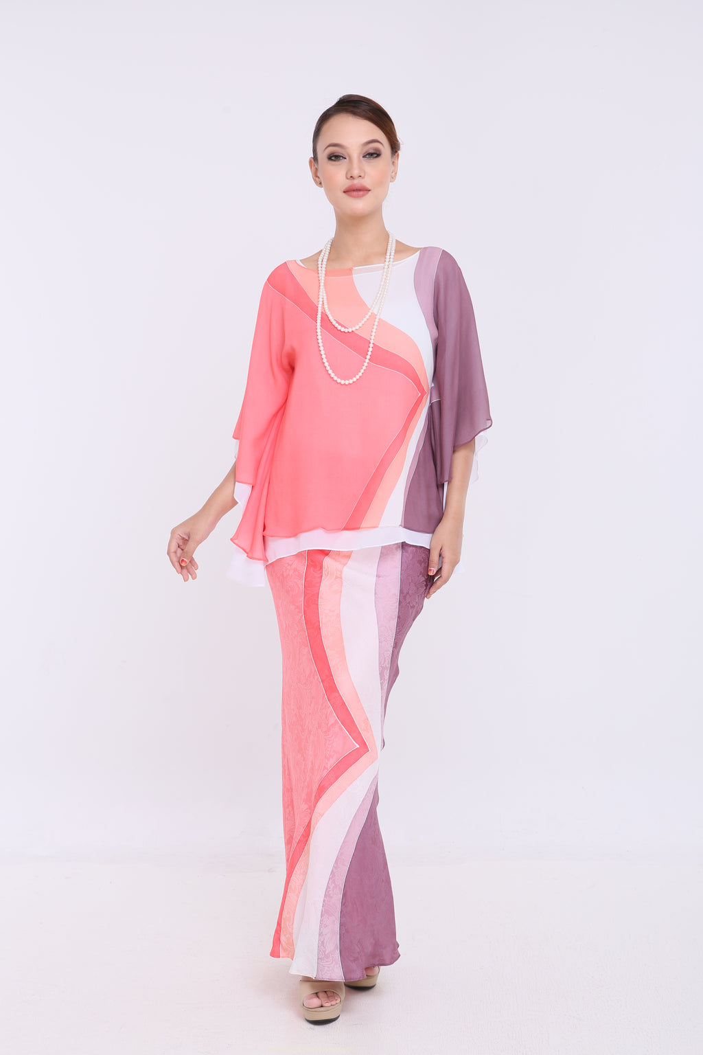 Alia - Double Layered Kaftan Kurung - Peach