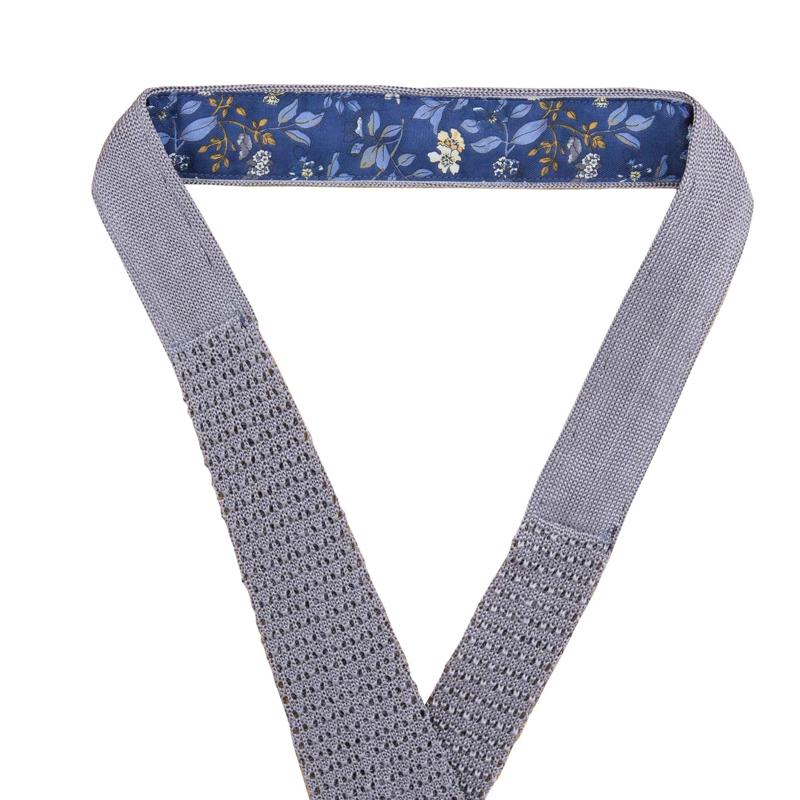 Light Grey Crochet Knitted Tie - serafinesilk