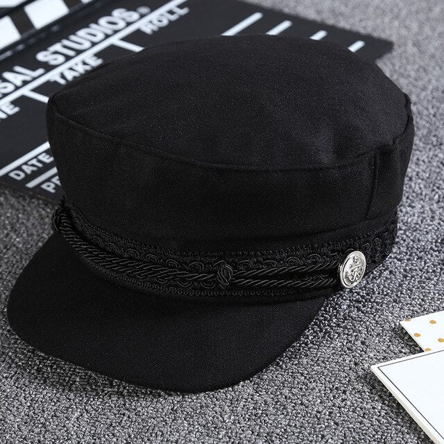 Captain Cap with black embroidered strap