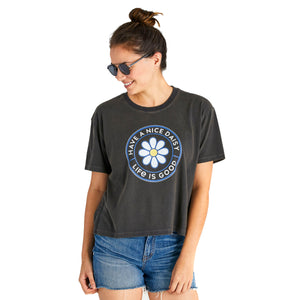 Life Is Good. Womens Boxy Crusher Tee Have A Nice Daisy, Jet Black