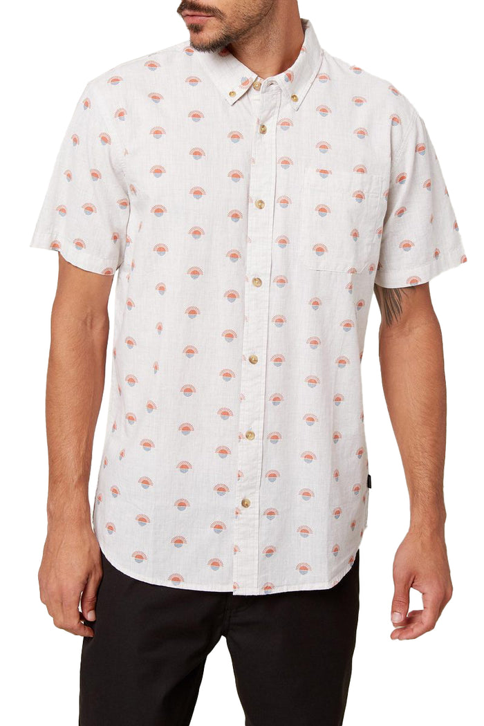 O'NEILL MEN'S STANDARD FIT SHORT SLEEVE BUTTON DOWN SHIRT - CREAM