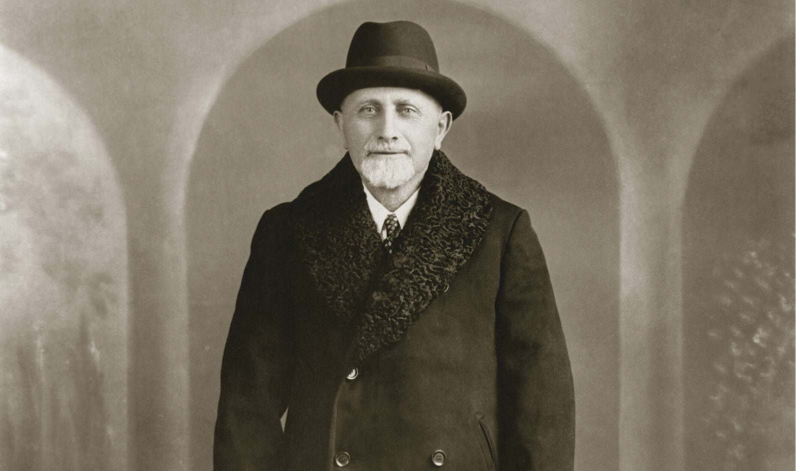 Photo of Hyman Moscot