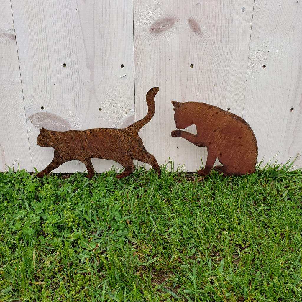image of cats garden decor