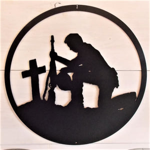 Kneeling Praying Soldier Round Sign