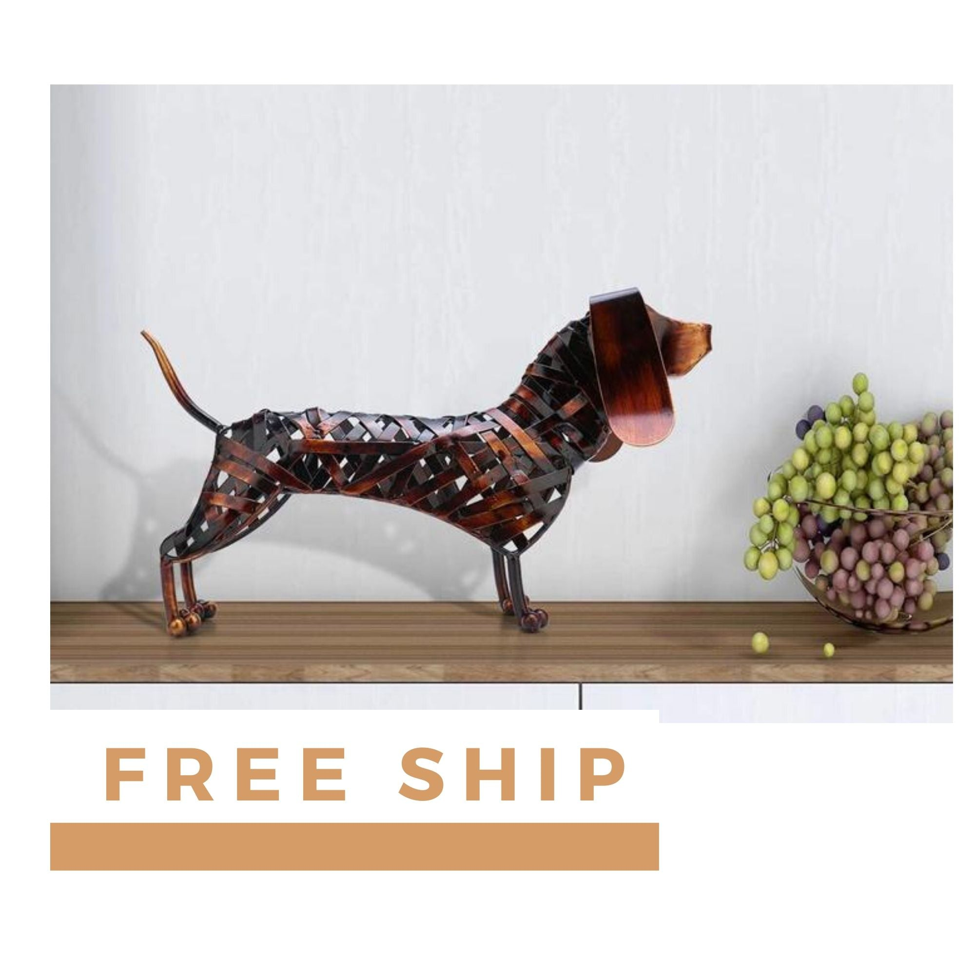 Emotional Dachshund Home Decor Accessories with Metal Dog Sculpture
