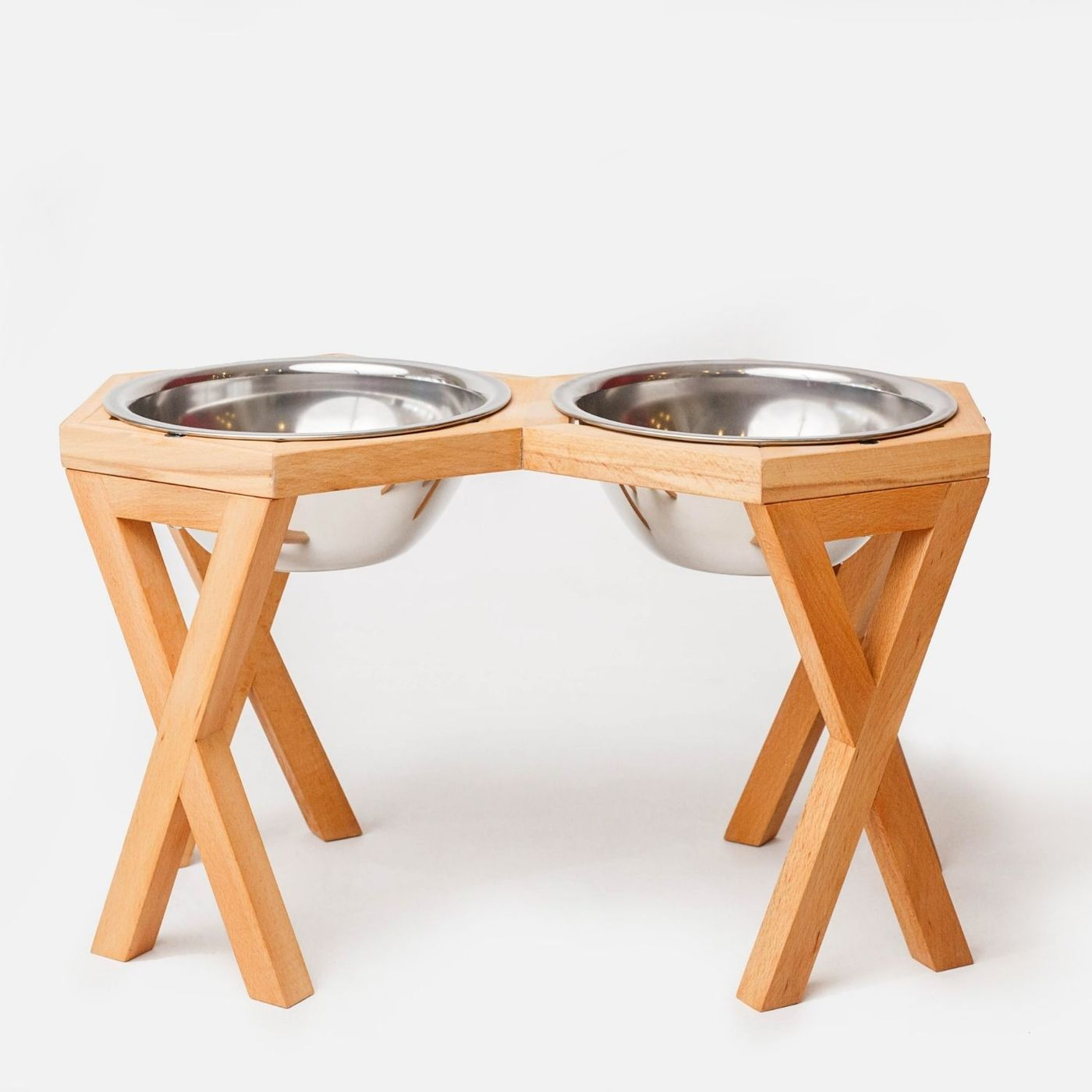 Why You Should Buy a Wooden Dog Bowl Stand?