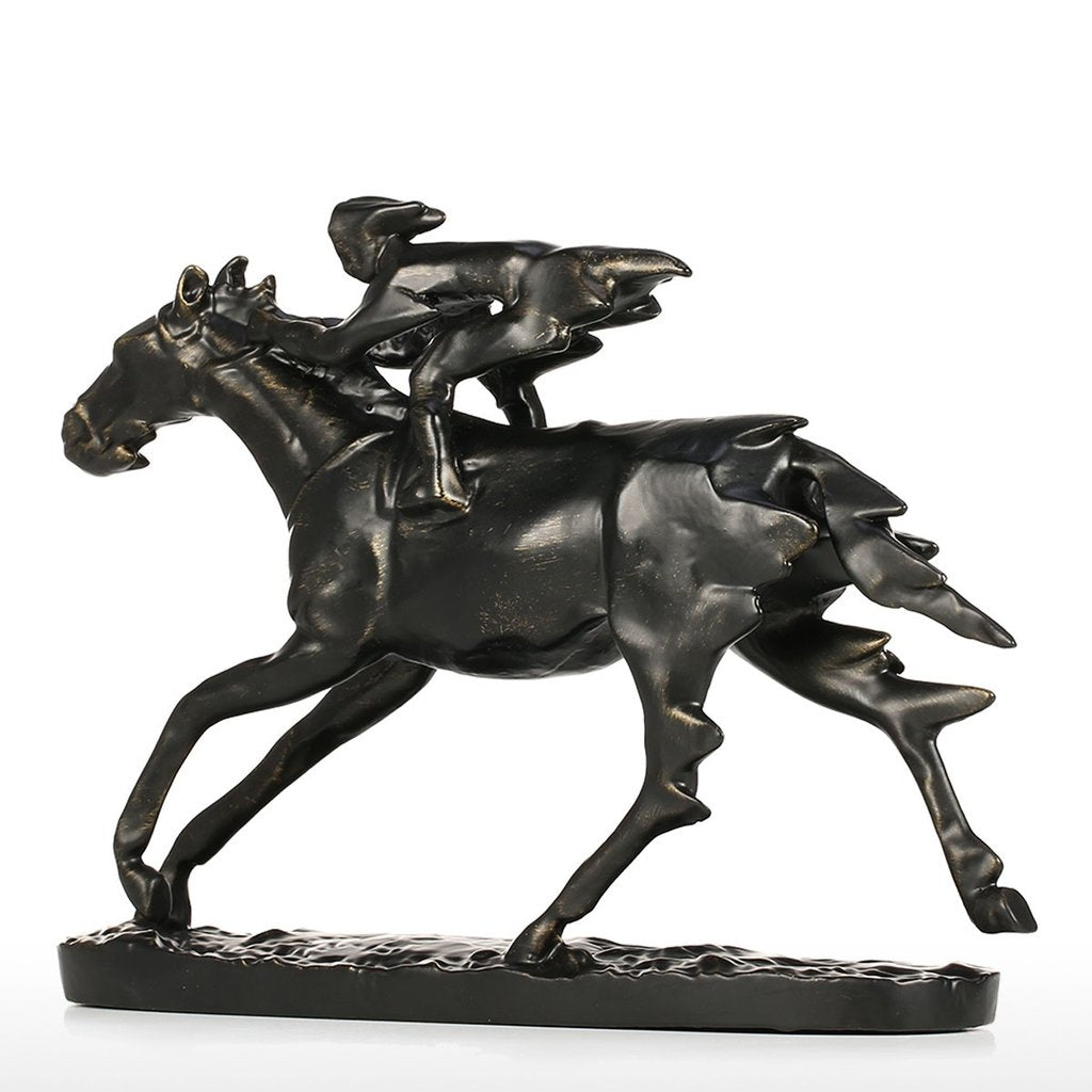 Quarter Horse and Horse Riding with Horse Statue