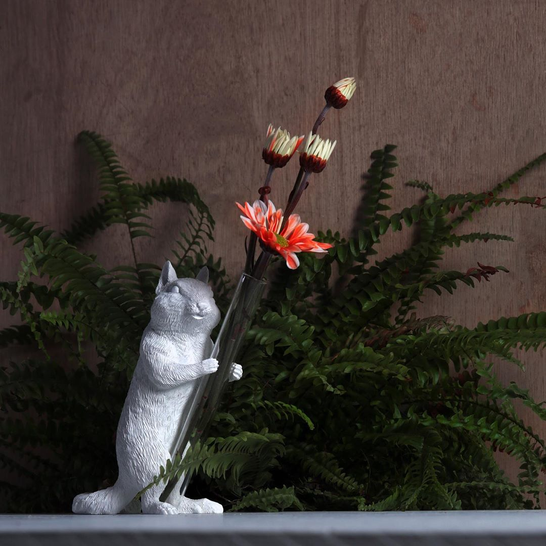 Squirrel Figurines for Tulip and Diffuser Vase