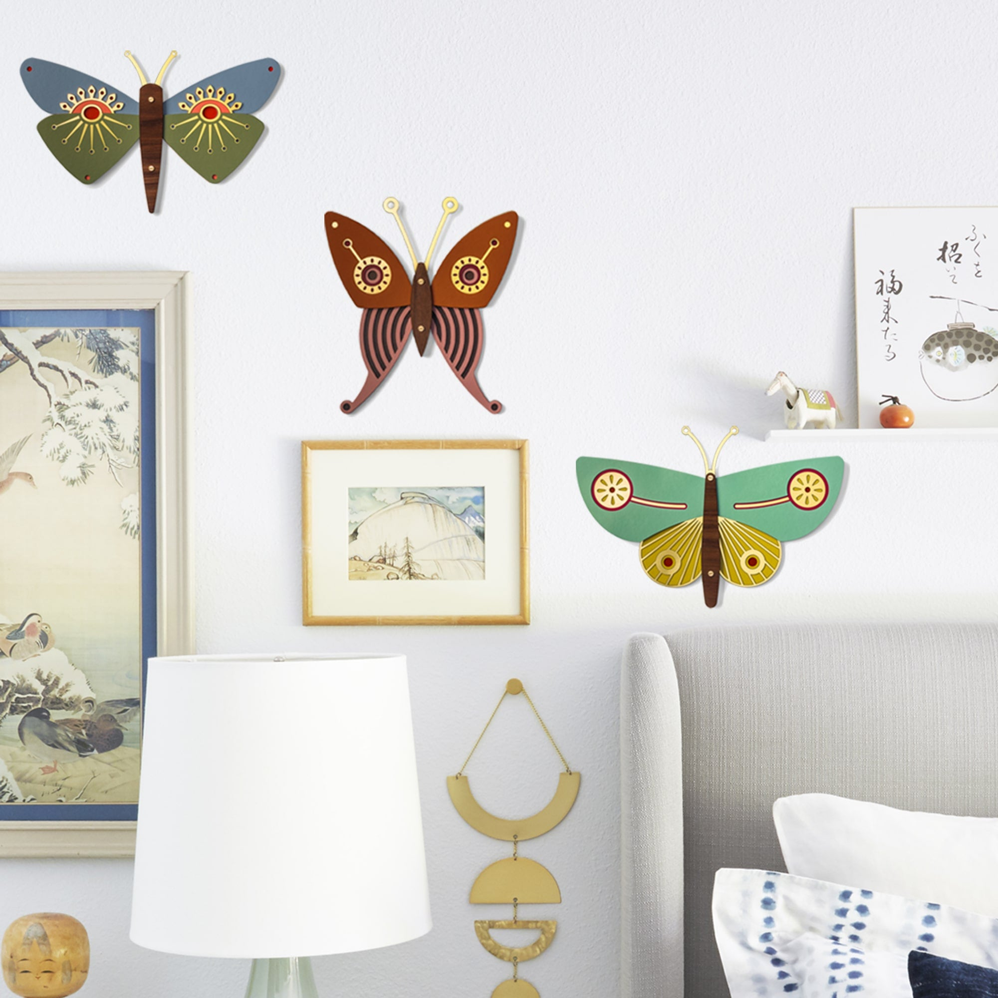Wooden Butterfly Wall Decor in Japanese Bedroom