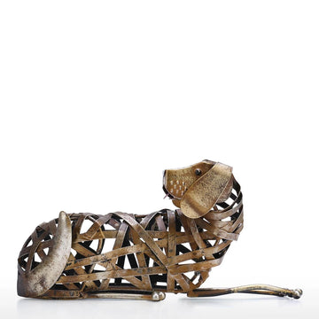 Beagle Statue Metal Dog Sculpture in Lie Down Lying Down Ornament
