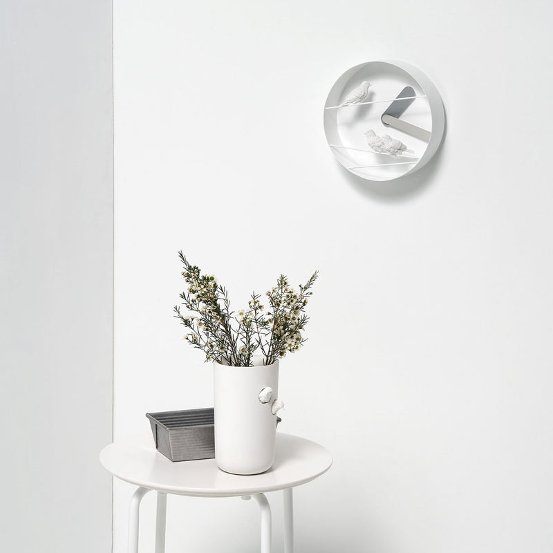 Modern Wall Clock with Bird Sparrow Sculpture Decor