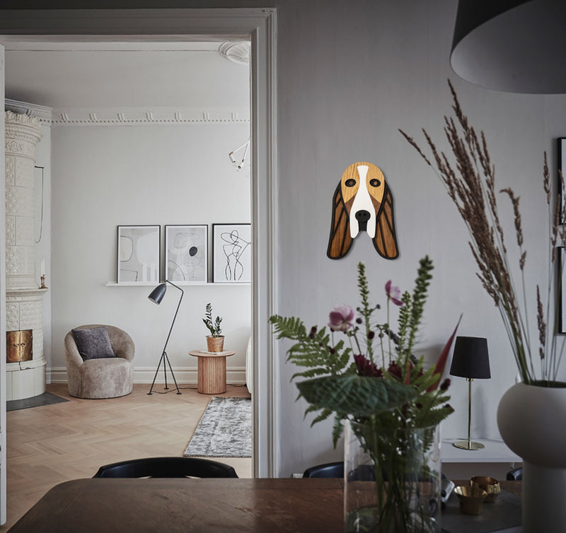 The dachshund wall art is a new dog-themed gifts