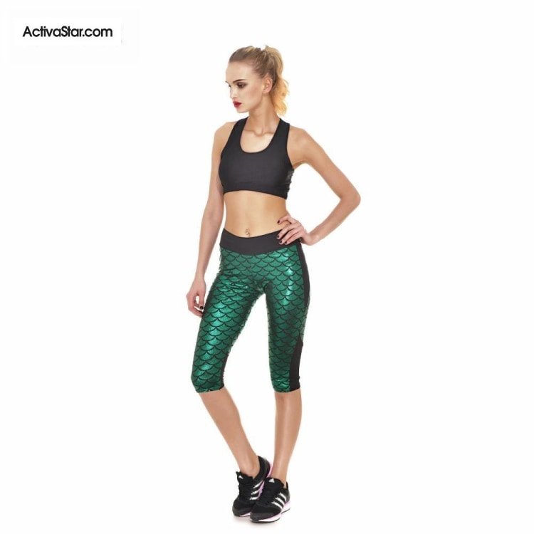 Miranda Mermaid Scale Capri Graphic Leggings Green / L Active