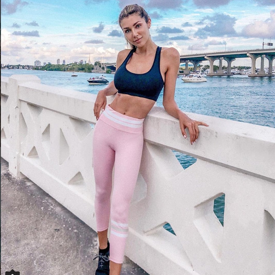 Ariadna Active Sport Top + Leggings - 2 Piece Set