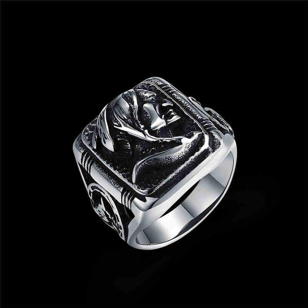 Men Vintage Style Duke Pattern Engraving Stainless Steel Ring