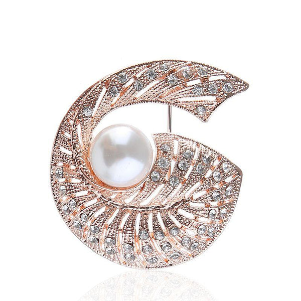 Creative Screw Snail Pattern Exquisite Pearl Rhinestone Brooch