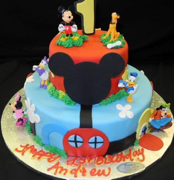 Mickey Mouse Play House Cake B0008