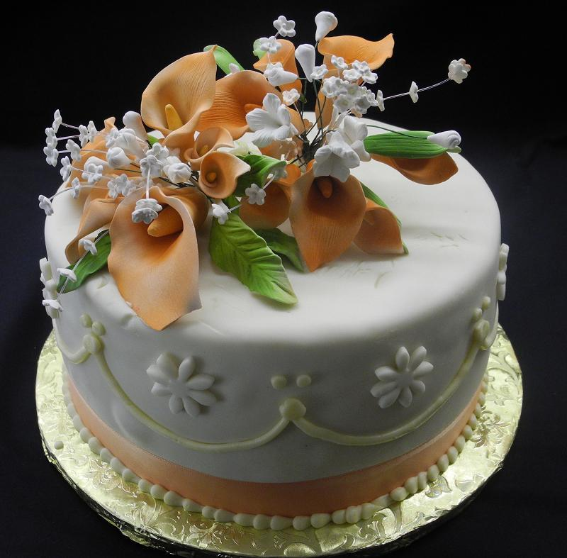 1 tier Fondant Cake with surgar flowers