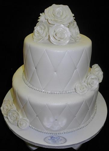 Wedding white diamond Shape fondant cake. - W055