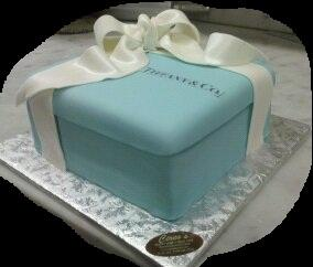 Tiffany Box Cake - W074