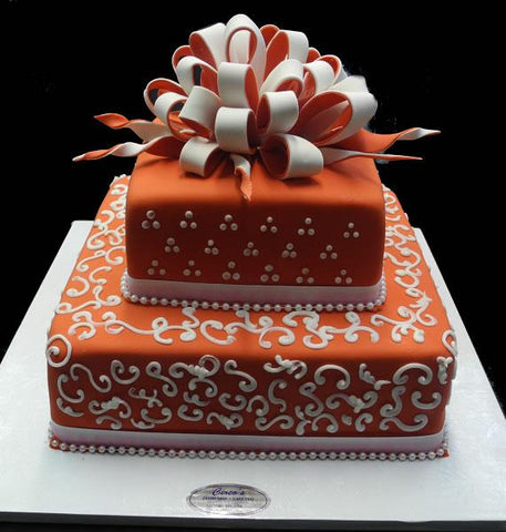 Red and white Wedding Cake - W092