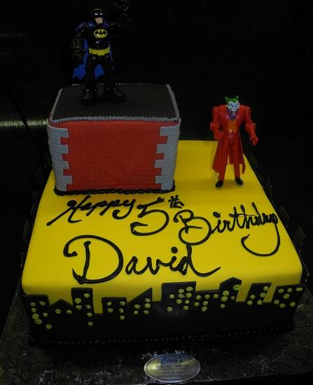 Batman and Joker Cake - B0780
