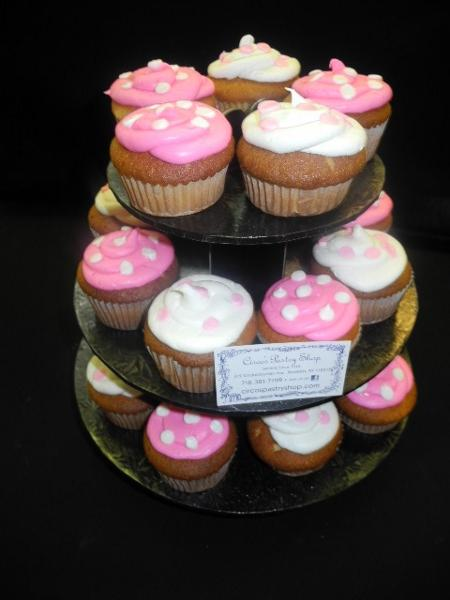 Girl Cup Cake Stand - CC077