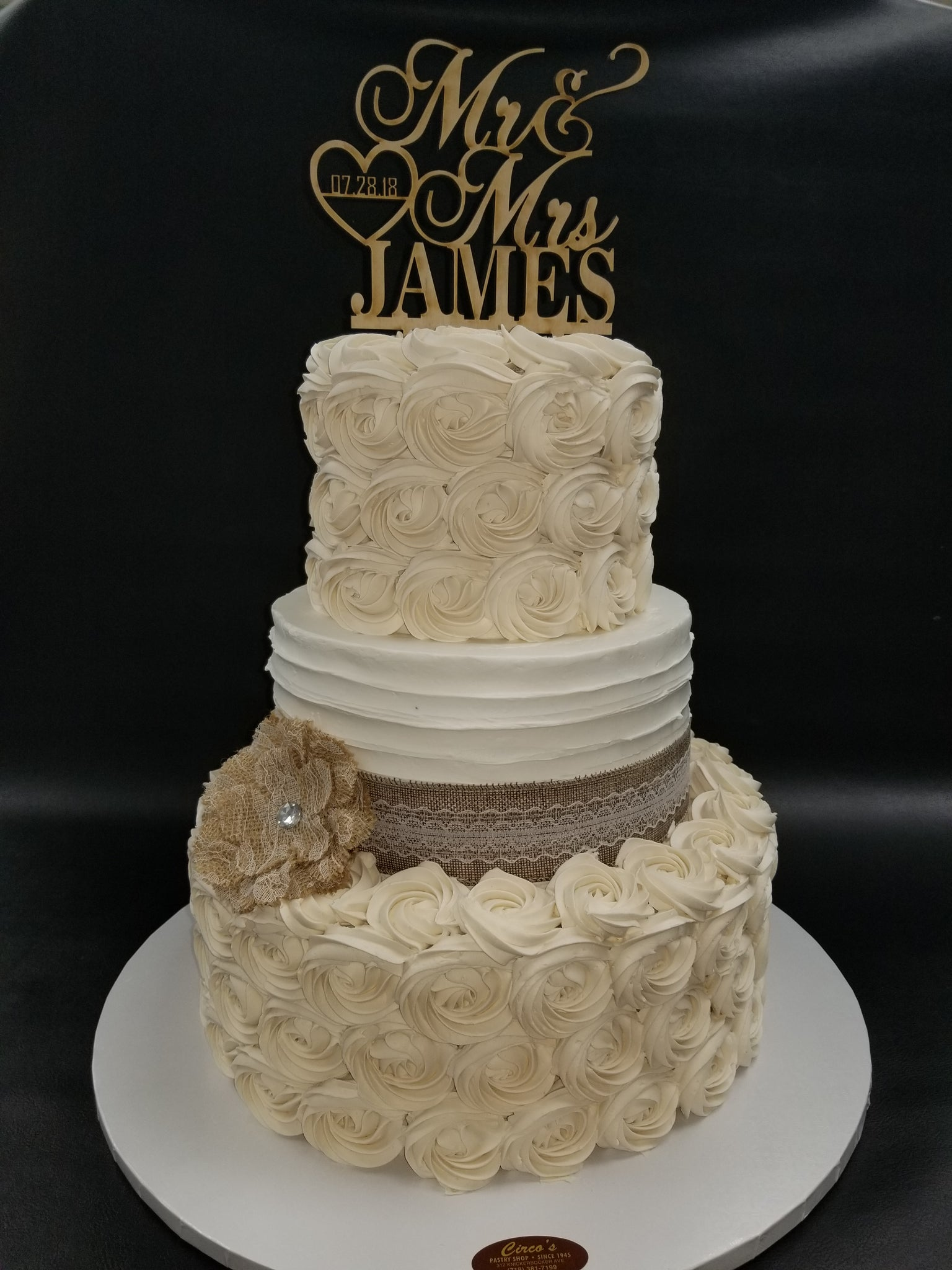 Burlap and Rosette style wedding cake W186