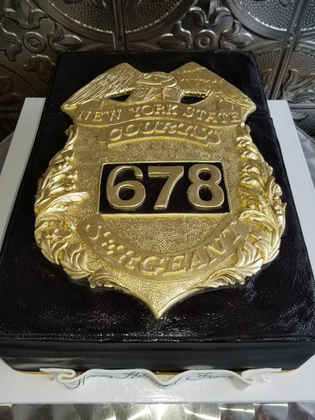 Badge Retirement Cake CS0296