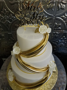 Modern gold and white Wedding cake W004