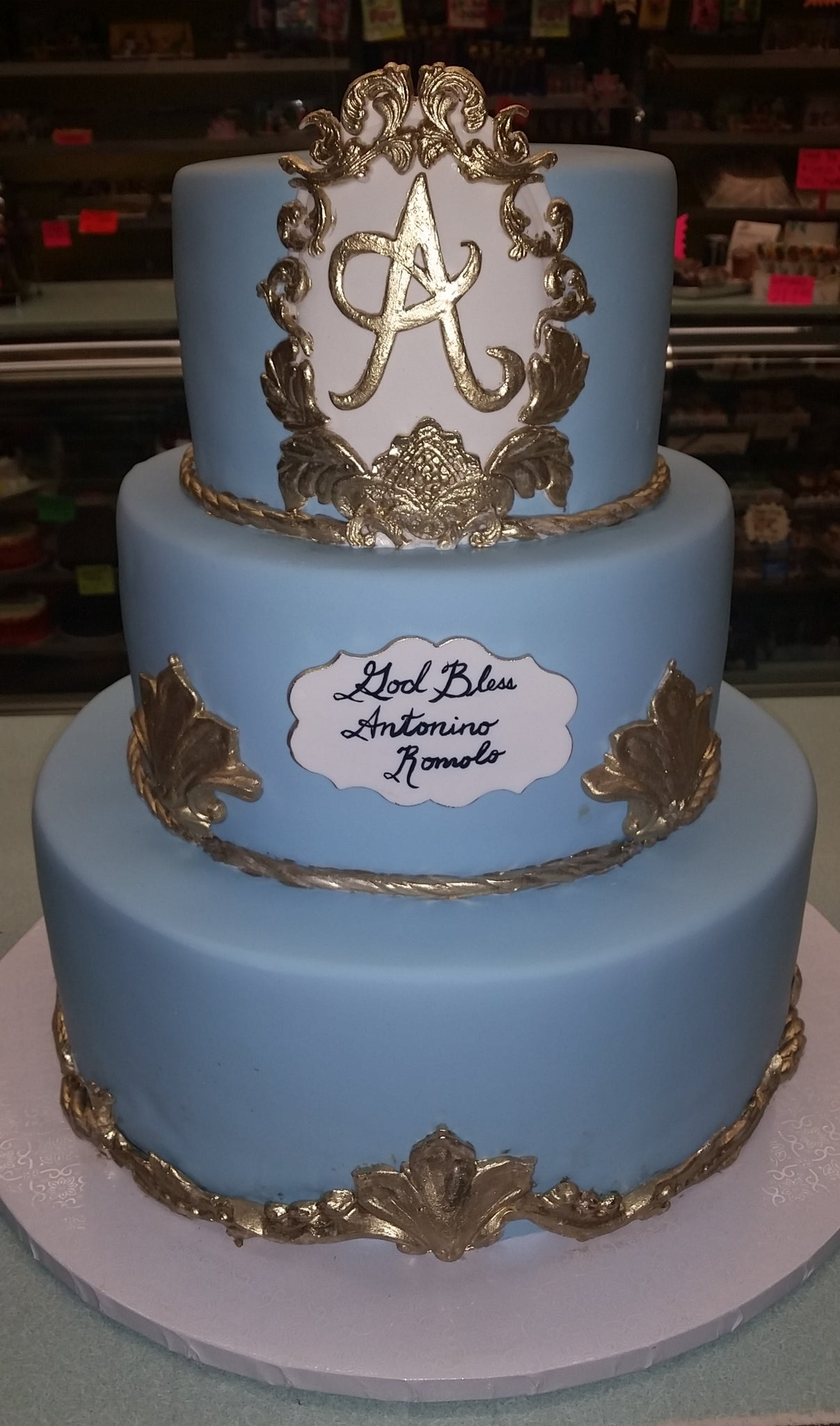 Religious cakes with Gold and blue - R031