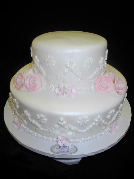 White and Pink Wedding Cake - W046