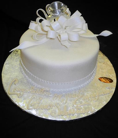 Engagement Classy Cake - W017