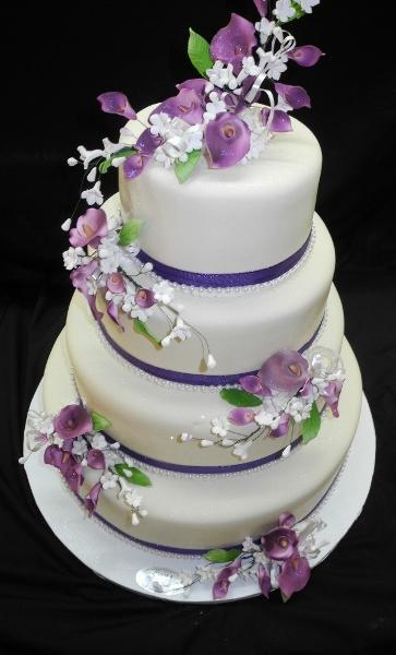 Fondant White and Lavender Cake - W134