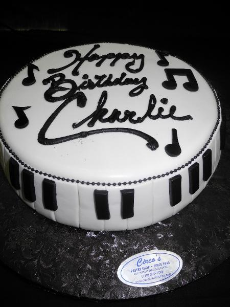 Piano Birthday Fondant Cake - B0454