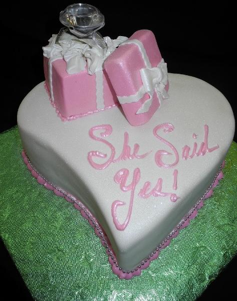 Engagement Heart Cake - CS0226