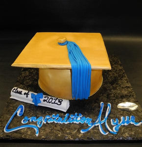 Graduation Cap with Edible Fondant Diploma