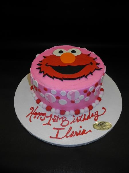 Elmo Icing Cake with Fondant Elmo Face Cut out and Polka Dots