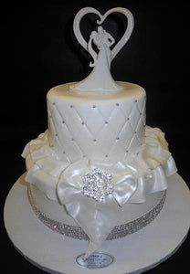 Diamond White Fondant Cake With Fondant Bow